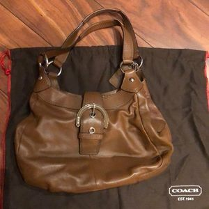 Tan leather Coach shoulder bag in great condition